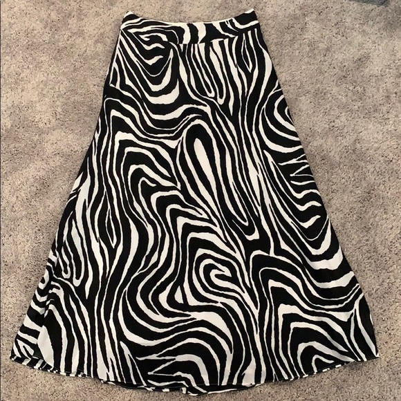 Banana Republic Dresses & Skirts - Zebra Maxi Skirt
